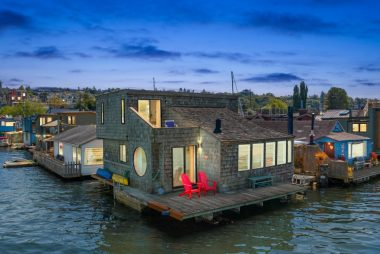 Seattle Afloat: Seattle Houseboats & Floating Homes – Live Life
